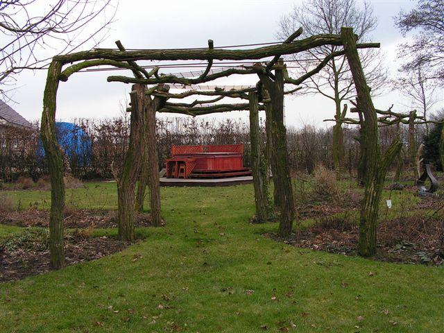 Hout in de tuin pergola s bieden veel mogelijkheden - Pergola hout bedekt ...